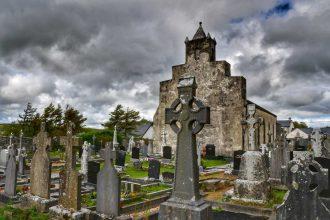 """""""irlanda abbazia con cimitero"""""""