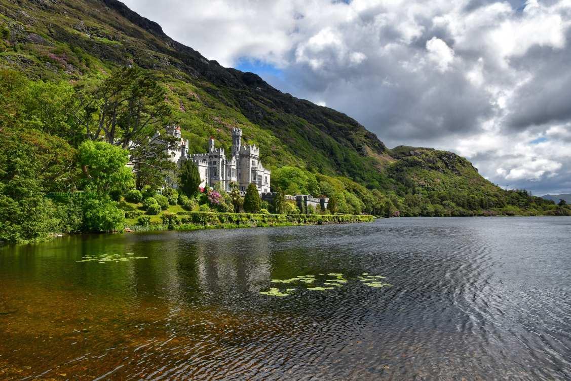 """""""irlanda abbazia killemore veduta lago"""""""
