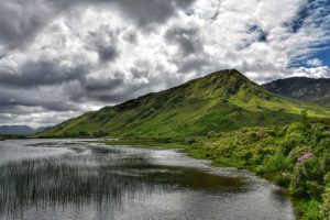 """lago do abbazzia kyllemore irlanda"""