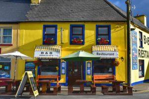 """""""irlanda sneem pub giallo"""""""