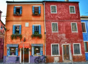 """venezia case colorate"""