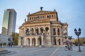 """alte oper teatro opera francoforte"""