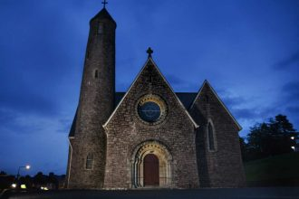 """""""chiesa donegal irlanda di notte"""""""
