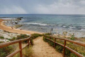 """""""ripida scalinata che conduce alla spiaggia della scala dei turchi provincia agrigento"""""""