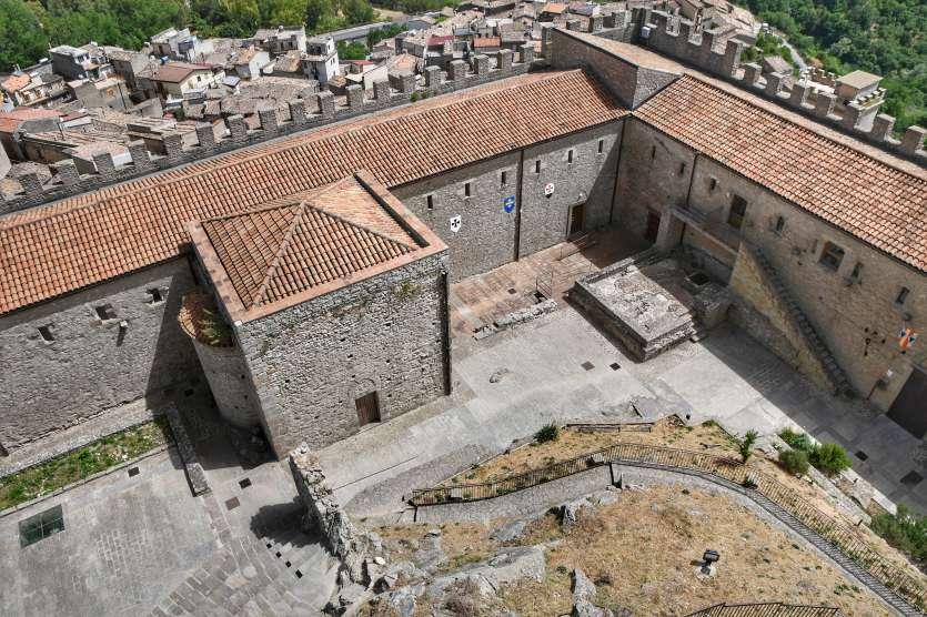 """""""vista dall alto castello montalbano elicona provincia di messina sicilia orientale"""""""