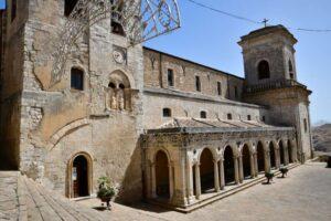 """""""bellissima chiesa con bel porticato di petralia soprana"""""""