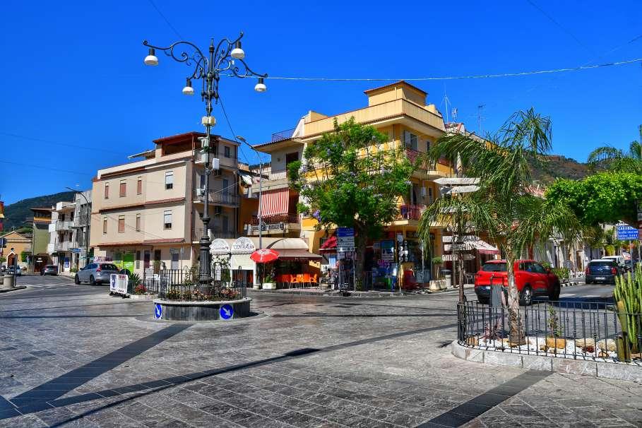 """""""foto centro urbano oliveri"""""""