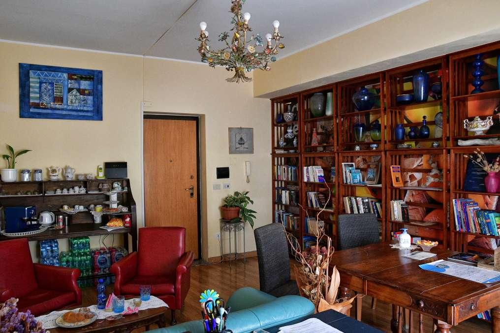 """""""bed and breakfast domus musia camere e appartamenti biblioteca"""""""