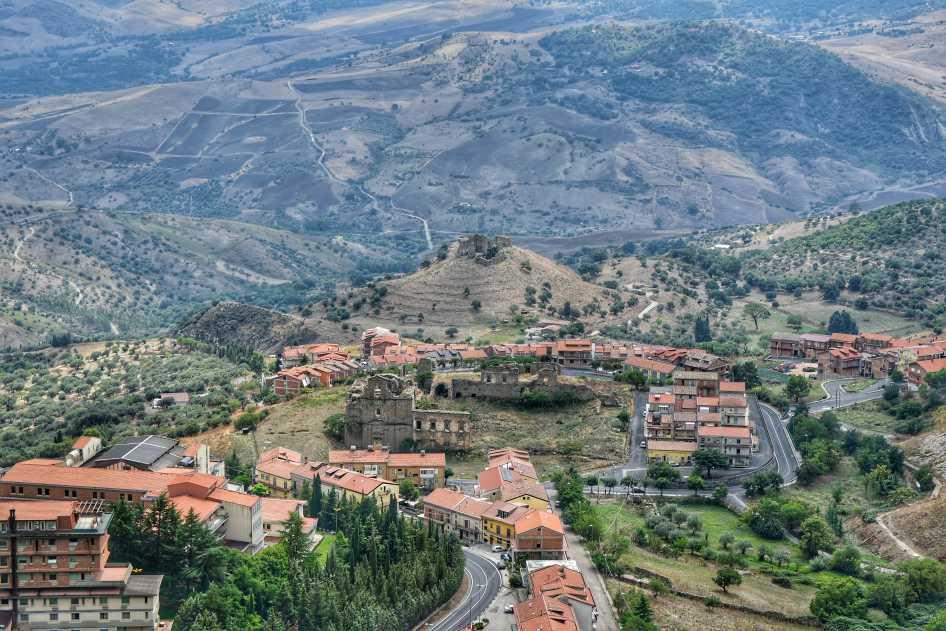 """troina visuale dall alto monastero san michele e panorama"""