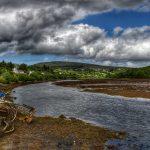 """""""fiume con barca rotta abbandonata in irlanda"""